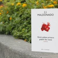 """Reseña """"Quien golpea primero golpea dos veces"""", de J. J. Maldonado"""